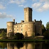 chateau_montbrun_moyen_age_passion_monde_medieval