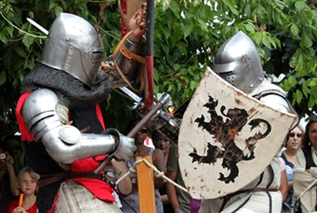 Escrime médiévale et spectacles historiques avec la compagnie des lions de guerre