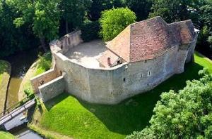 château_crevecoeur_histoire_medievale_visiteurs_moyen-age
