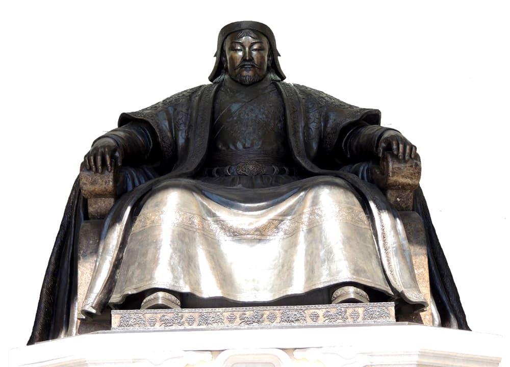 ghengis_khan_roi_mongole_statue_moyen-age_passion_monde_medieval