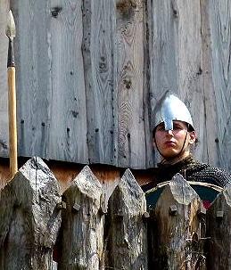 histoire_chateaux_fort_mottes_castrale_monde_medieval