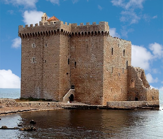 Ile Saint-Honorat, Provence. Ancien Monastére Fortifie à partir du XIe siècle