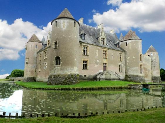 Histoire Des Châteaux-forts & Techniques De Siège Médiévales 1