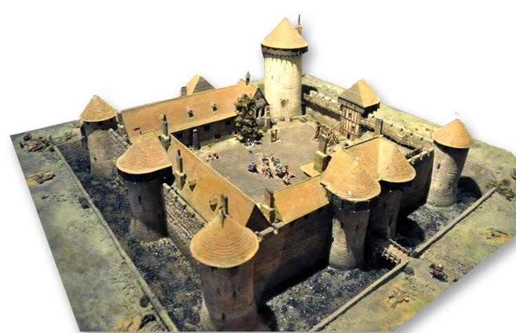 Maquette du Château de Dourdan, début XIIIe très bel exemple d'architecture philippienne, de fait propriété de Philippe Auguste