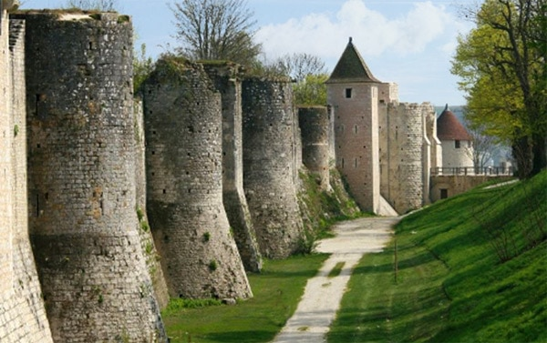 festival_monde_medieval_provins_histoire_moyen-age_remparts_fortifications