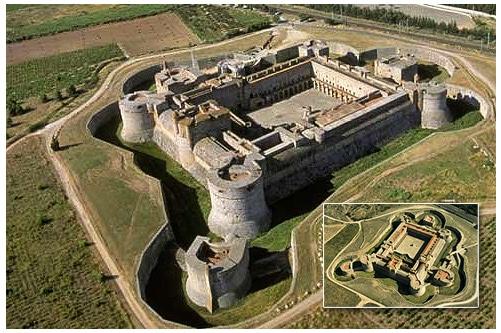 Les derniers châteaux-forts après les perfectionnements de l'artillerie à poudre, Salses, Forteresse du XVIe siècle