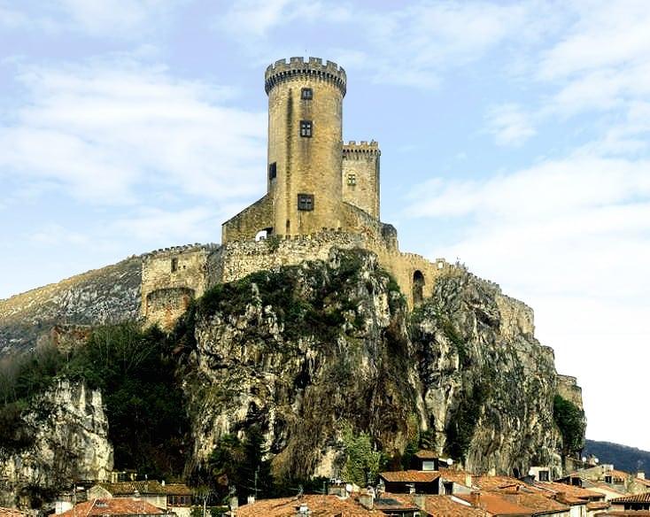 chateau-fort_histoire_medievale_foix_pays_cathares_comte_foix