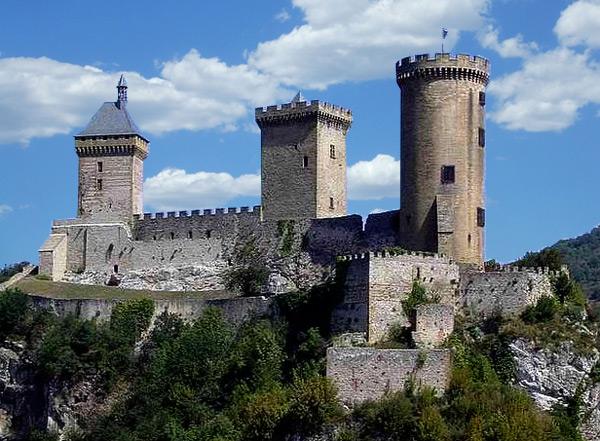 chateau_fort_histoire_medievale_comte_foix_patrimoine_historique_moyen-age
