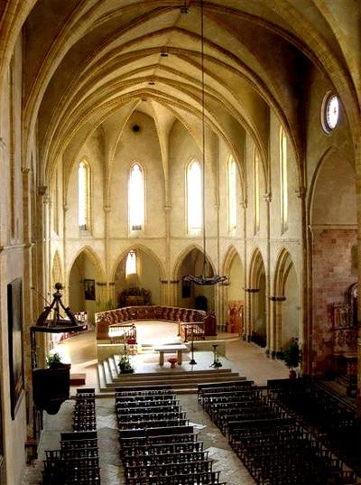 fetes_historiques_foix_ville_medievale_historique_abbaye_saint_volusien