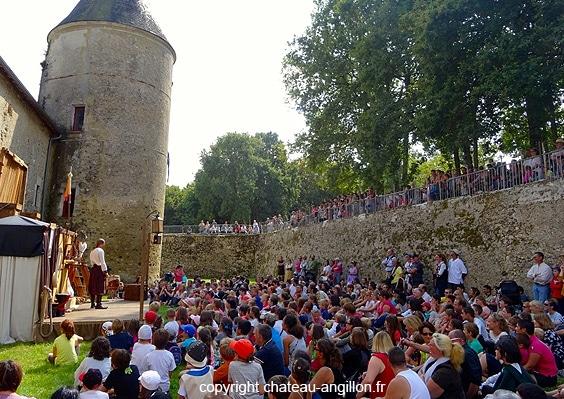 fete_festival_rejouissances_medieval_chateau_chapelle_anguillon_cher
