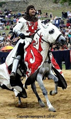 medievales_cremieu_fetes_festivites_celebration_moyen-age