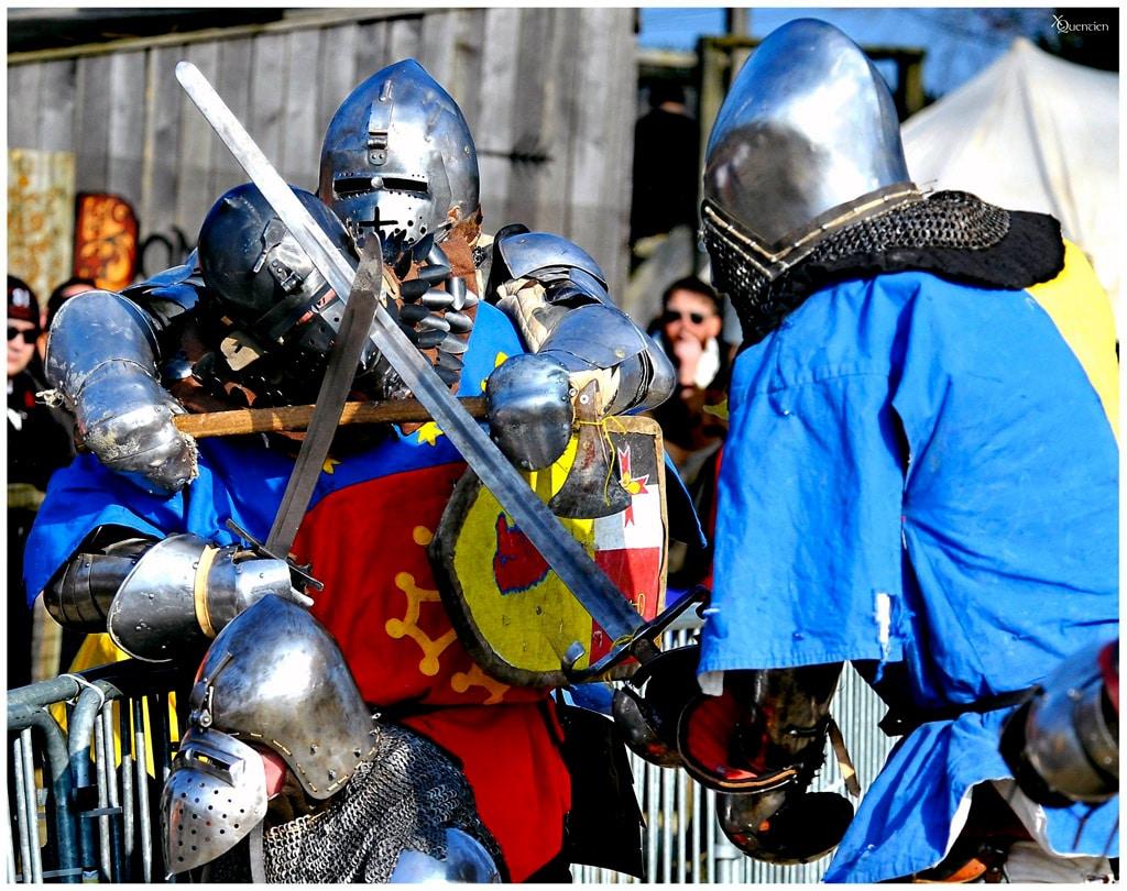 behourd_chevalerie_tournoi_reconstitution_historique_joute_combat_passion_monde_medieval