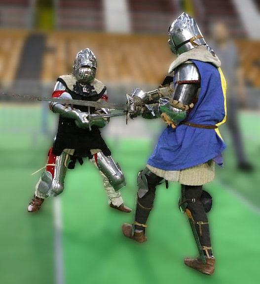 moyen-age_behourd_combat_chevaliers_joute_tournoi_reconstitution_historique_histoire_vivante_sport_art_martial_medieval