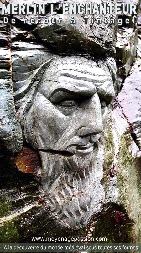 Merlin_enchanteur_sculpture_legendes_arthuriennes_tintagel_site_archeologique_touristique_partrimoine_historique