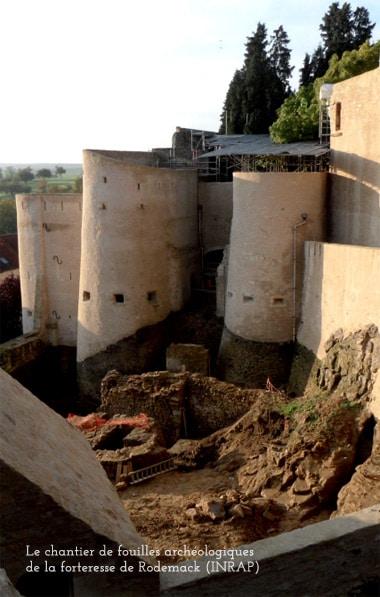 rodemack_histoire_medievale_fouilles_archeologie_vestige_chateau_fort_moyen-age_central