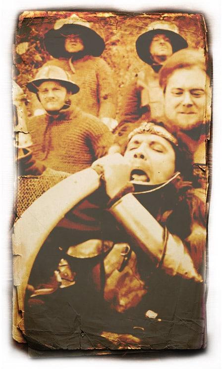 kaamelott_fan_festival_medieval_rassemblement_corbeau_serie_televisee