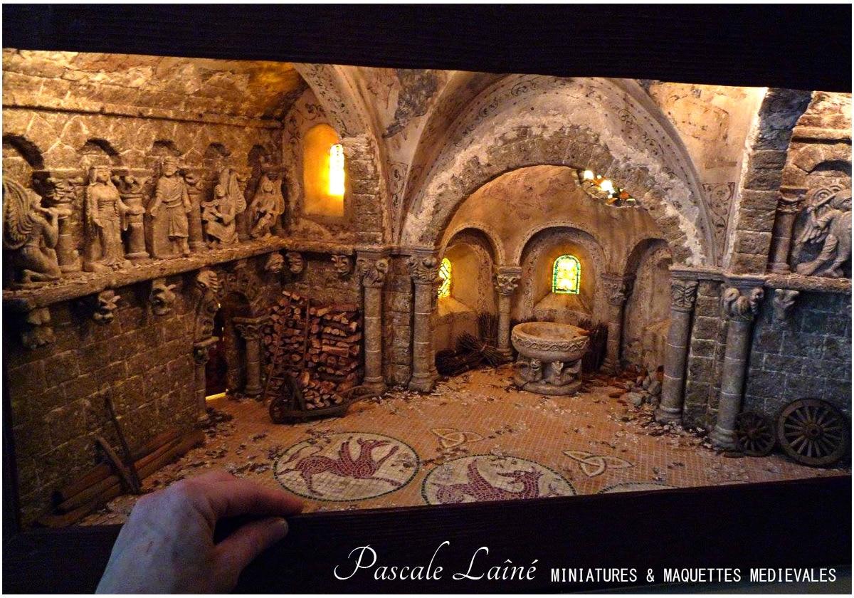architecture_monde_medieval_maquettes_artiste_passionné_histoire_moyen-age