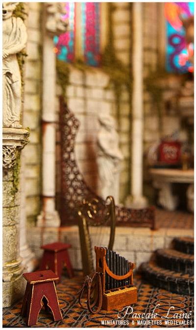 melusine_litterature_art_maquettes_medievales_miniatures_Pascale_Laine_moyen-age