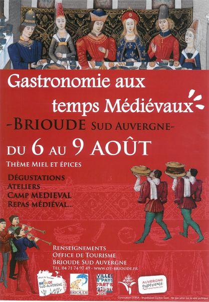 animation_fetes_gastronomie_medievale_brioud_auvergne_rhone_alpes