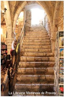 passion_livre_monde_medieval_moyen-age_provins_librairie
