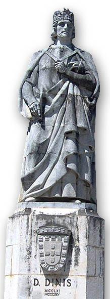roi_troubadour_poesie_chanson_medievale_statue_roi_denis_1er_universite_coimbra_portugal